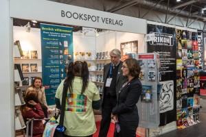 Am Stand vom Bookspot Verlag